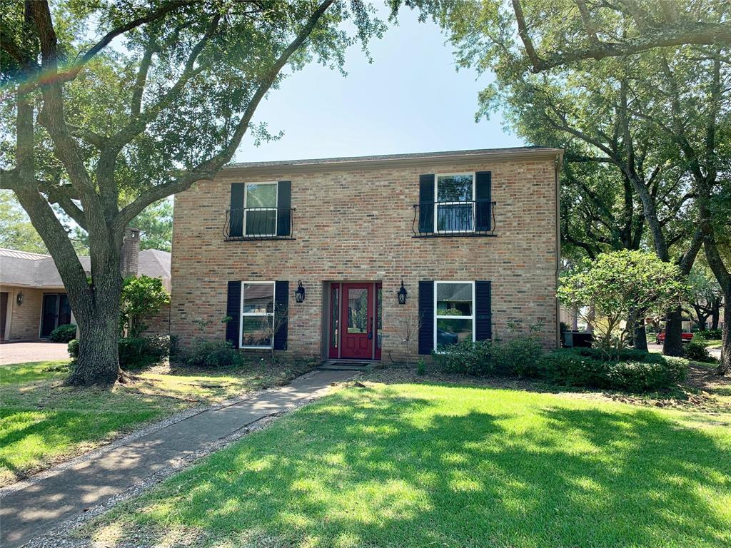5885 Woodway Drive, Beaumont, TX 77707