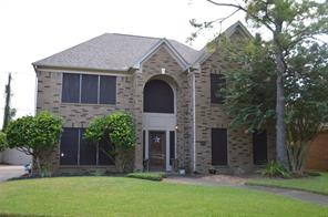 4800 Oakmont Court, League City, TX 77573