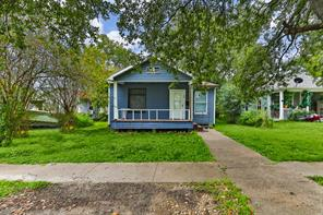 309 3rd Ave N, Texas City, TX 77590