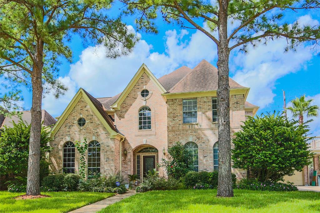 2422 Hidden Shore Drive, Katy, TX 77450