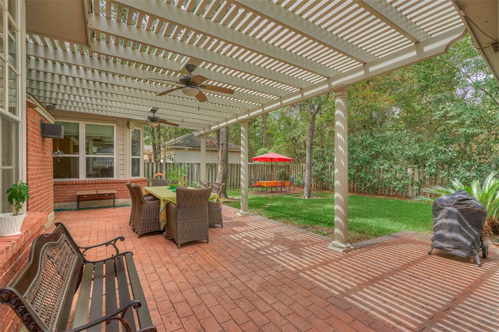 Amazing location !, zoned to acclaimed Galatas elementary and Mitchell middle school.Roof replaced in 2010. Cochran's Crossing Village in The Woodlands is considered one of the most demanded areas within this community. Surrounded by the Palmer Golf course and minutes to the Player Golf course, entertaining and shopping centers near by , walk or bike distance to school. This home features 5 bedrooms and 4.1 bathrooms, MASTER BEDROOM IS LOCATED DOWNSTAIRS PLUS A SECONDARY BEDROOM DOWNSTAIRS WITH ITS PRIVATE BATHROOM. The other three bedrooms are in the second floor, a very good size game room is in the second floor, 2 car detached garage .No neighbors behind. Amazing floor plan .Good size rooms and high ceiling foyer, the kitchen open to the family room. Please call me to schedule a tour.