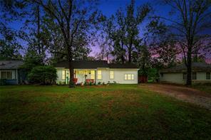 1007 Cowan Avenue, Conroe, TX 77301