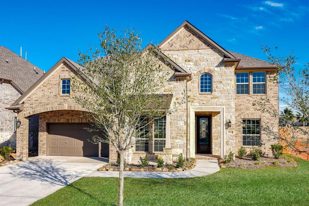3202 Red Pebble Lane, Texas City, TX 77568