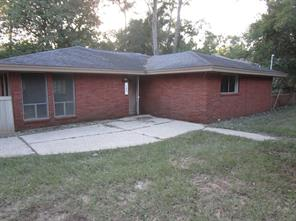 132 White Oak Drive N, Woodbranch, TX 77357