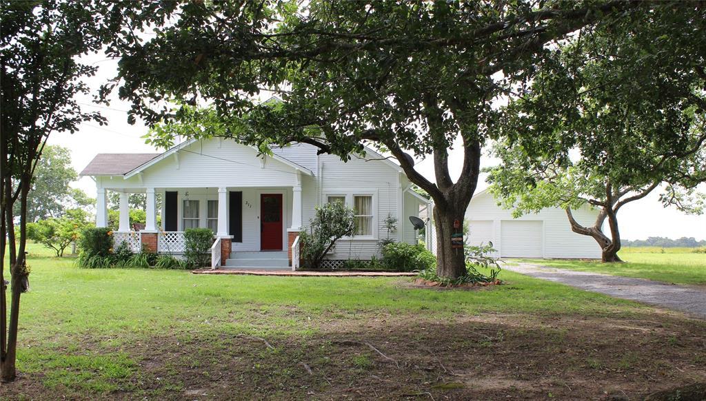 211 County Road 424, Marquez, TX 77865