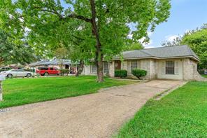 7703 vernwood street, houston, TX 77040
