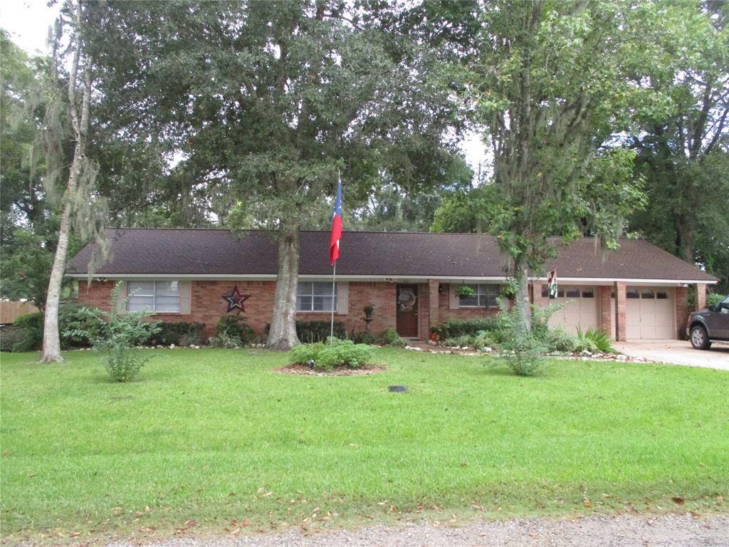 605 Rural Lane, Sweeny, TX 77480