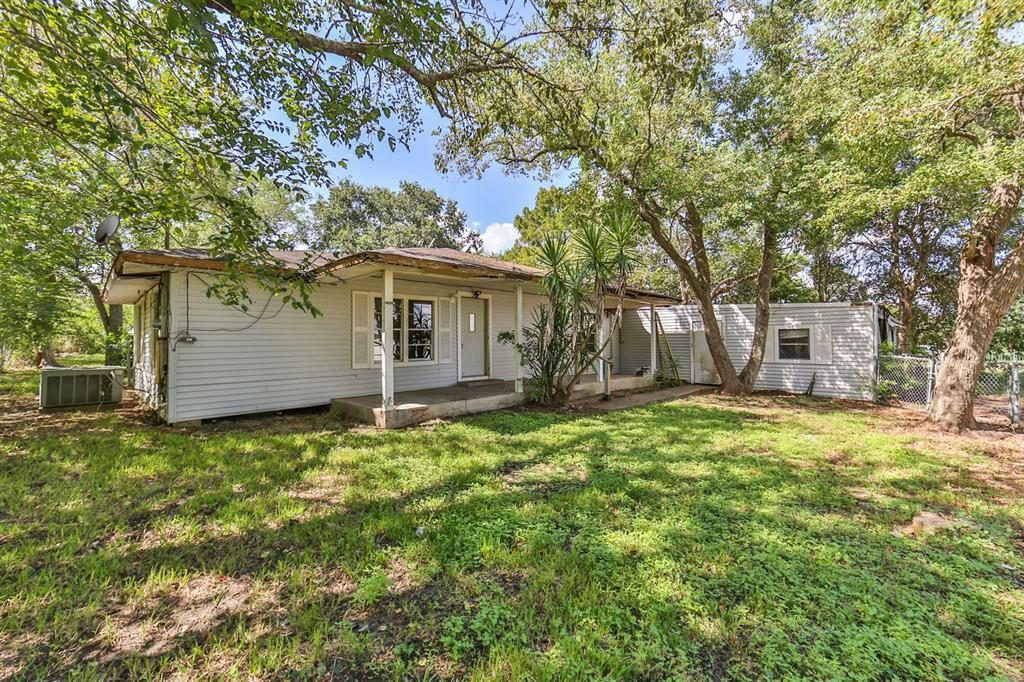 Handyman Special---Great corner lot, two points of access to lot. House has tons of potential.