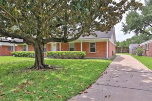 9607 Meadowbriar, Houston TX 77063