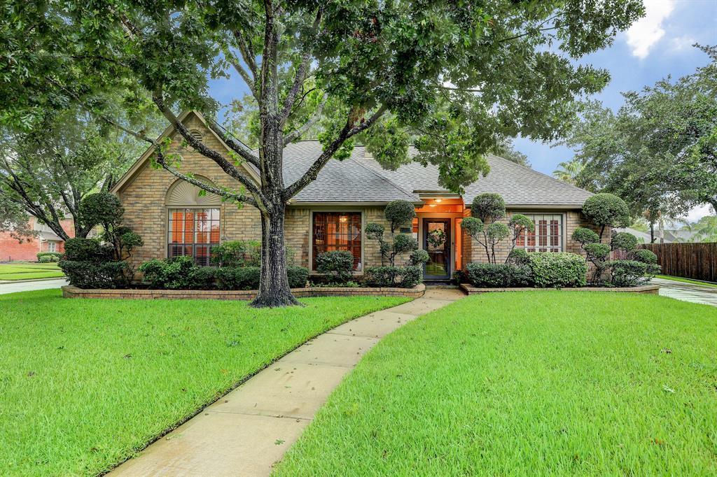 15903 Turtle Bay Drive, Houston, TX 77062