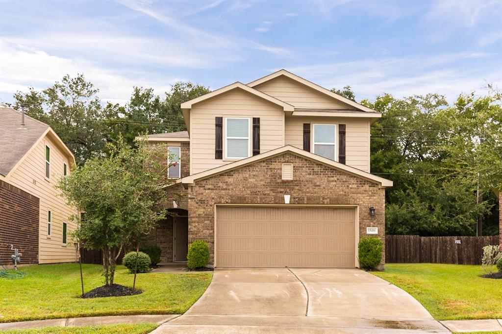 Built in 2013, this Houston two-story home offers a fireplace, a walk-in pantry, a den, and a two-car garage.
