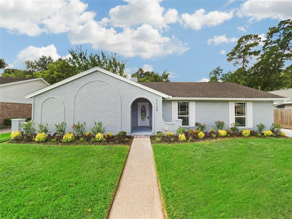 1139 Cottage Oak Lane, Houston, TX 77091