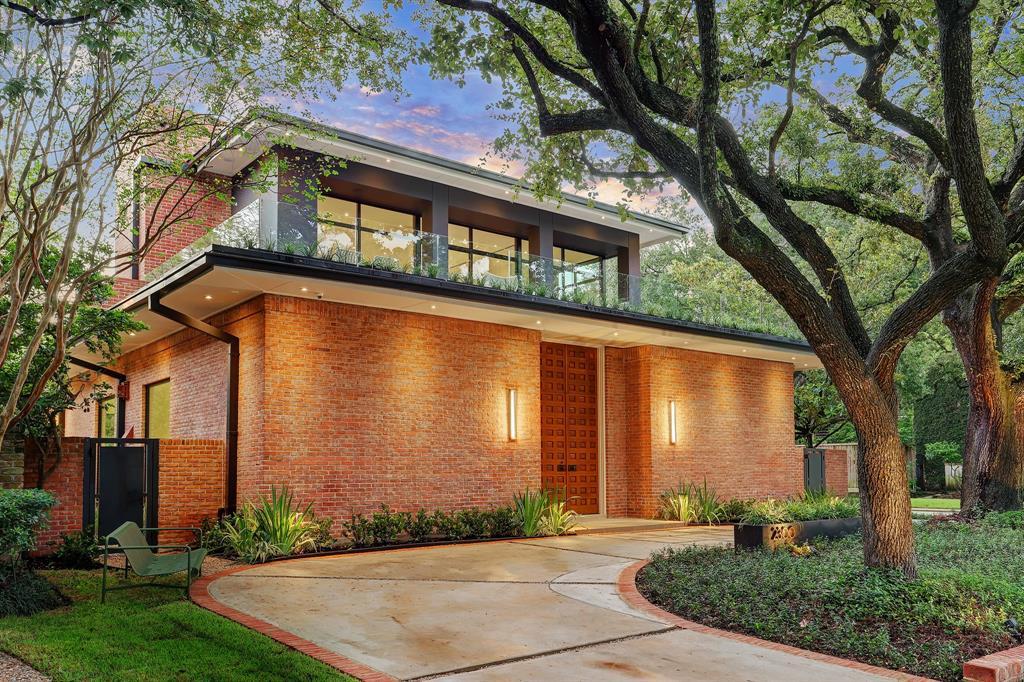 2300 Timber Lane, Houston, TX 77027