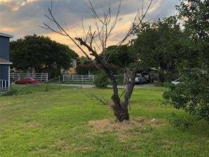 1201 hunter drive, texas city, TX 77590