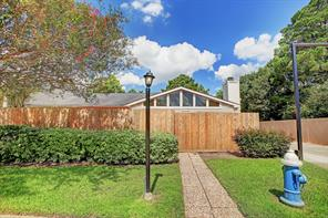 6401 Deihl, Houston TX 77092