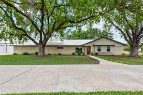 1051 Schulenburg Lane, Columbus, TX 78934