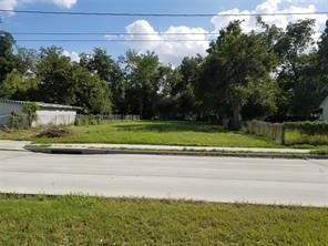 1902 parker road, houston, TX 77093