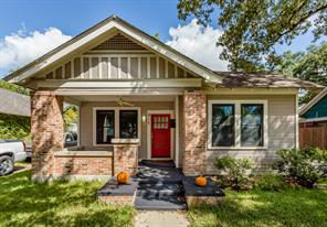 915 pecore street, houston, TX 77009