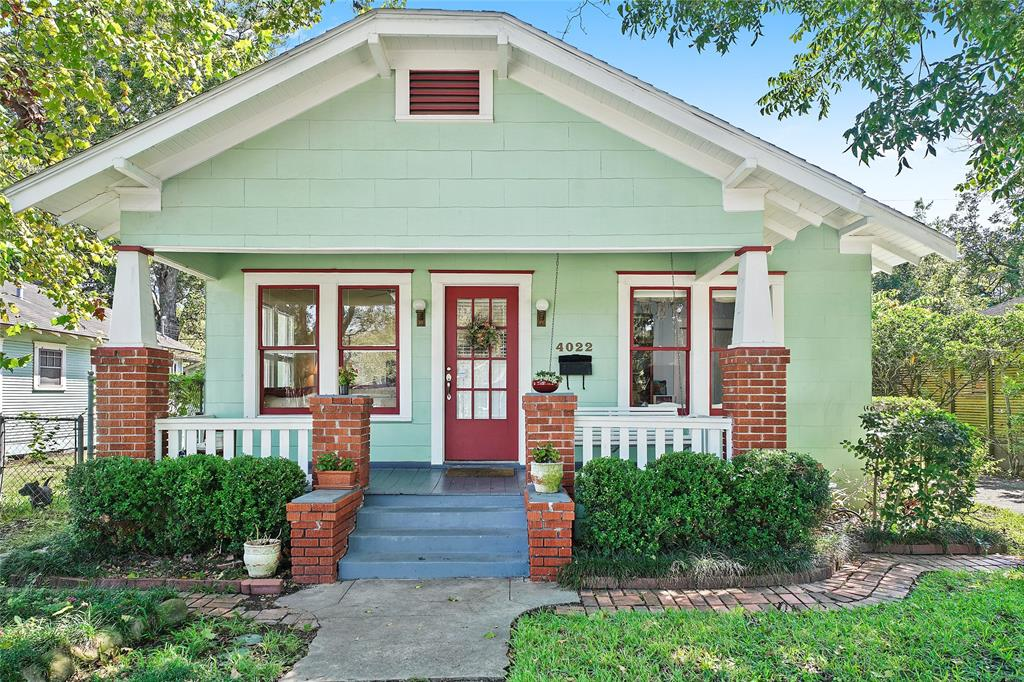 Coveted, historic 2/1 bungalow in North Norhill with a 2 car garage!