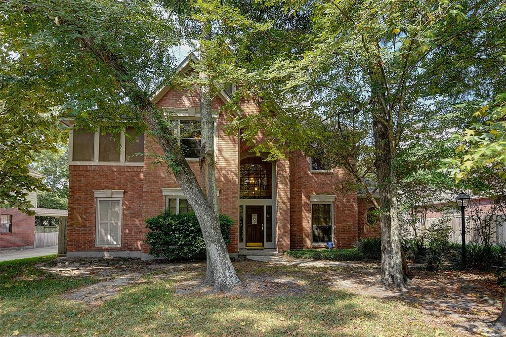 NEW HARDWOOD FLOORS INSTALLATION COMPLETED 9/25/2019 AND RELISTED 9/26. YARD SERVICE, POOL SERVICE, WASHER, DRYER AND REFRIGERATOR INCLUDED. FANTASTIC 4 BEDROOM HOME IN GREAT NEIGHBORHOOD WITH EXCEPTIONAL SCHOOLS! THE WOODLANDS HIGH SCHOOL IS 1/4 MILE AWAY. MASTER DOWN, BATH HAS HIS/HERS WALK-IN CLOSETS. WHIRLPOOL SOAKING TUB. FORMAL DINING PLUS STUDY - ROOM FOR EVERYONE! GAMEROOM UP, ALL BEDS W/WALK-IN CLOSETS + ATTIC STORAGE. EAT-IN KITCHEN AND FAMILY ROOM OVERLOOK BACKYARD W/ SPECTACULAR POOL AND SPA. FULLY LANDSCAPED PROPERTY W/SPRINKLER SYSTEM - LANDLORD WILL PROVIDE POOL SERVICE! DON'T MISS OUT - THIS ONE WILL GO QUICKLY!