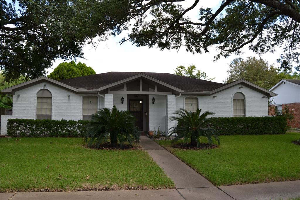 8822 Sharpcrest Street, Houston, TX 77036