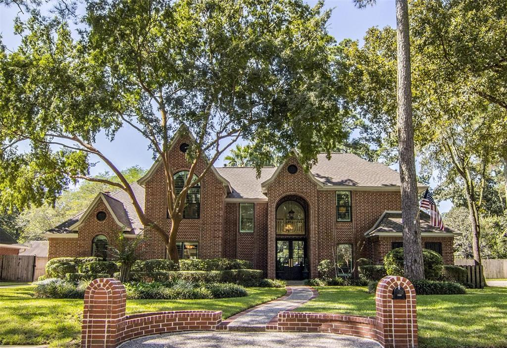 2015 Crystal River Drive, Kingwood, TX 77345