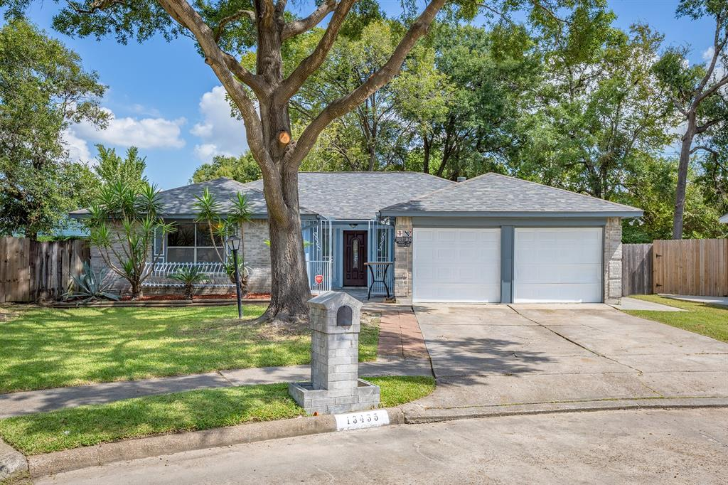 13435 Myrna Lane, Houston, TX 77015