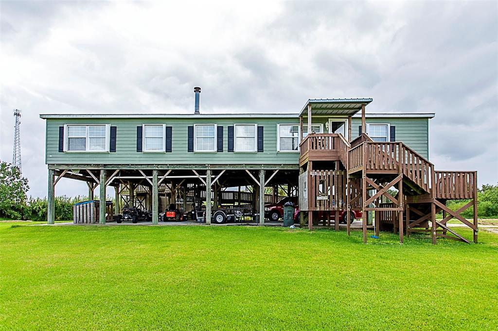 5440 Mechanic Street, Sabine Pass, TX 77655