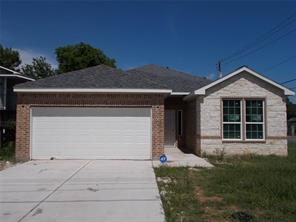 8133 Colonial, Houston TX 77051