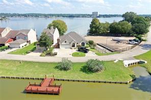 1122 Lake View, Montgomery TX 77356