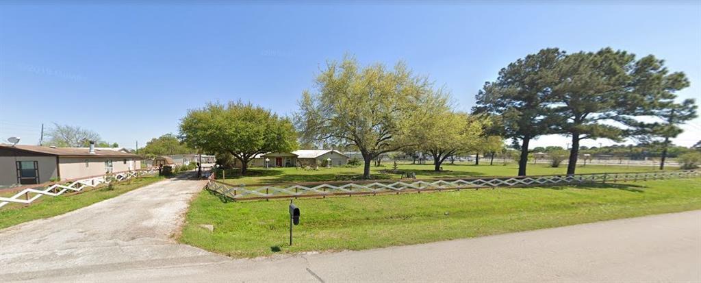 6830 Miller Wilson Road, Crosby, TX 77532
