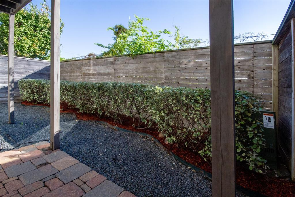 Good sized backyard space is perfect for guests or your pet, whichever you prefer.