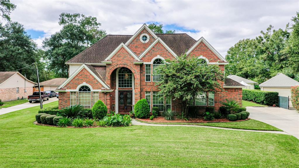11703 Bourgeois Forest Drive, Houston, TX 77066