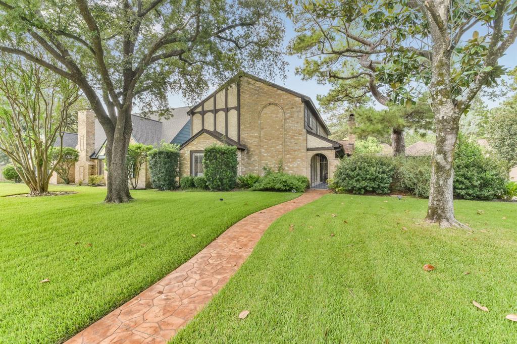 5210 Havenwoods Drive, Houston, TX 77066