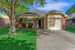 5903 Red River Drive, Dickinson, TX 77539