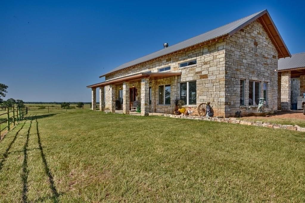 7045 North Old Smithville Road, Smithville, TX 78957