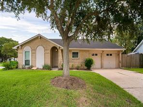 15814 Edenvale Street, Friendswood, TX 77546