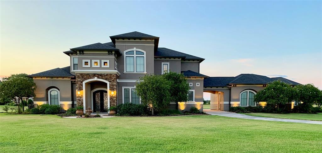 15810 Bayou Oaks Common, Danbury, TX 77534