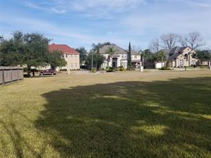 8315 Summit Place, Houston, TX 77071
