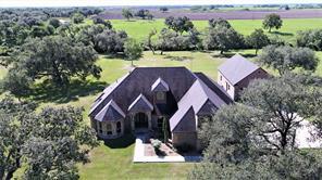 289 Grand Oak Drive, Inez, TX 77968