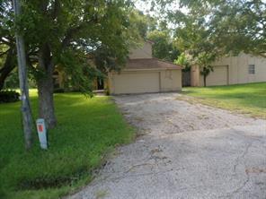 4004 County Road 833, Alvin, TX 77511