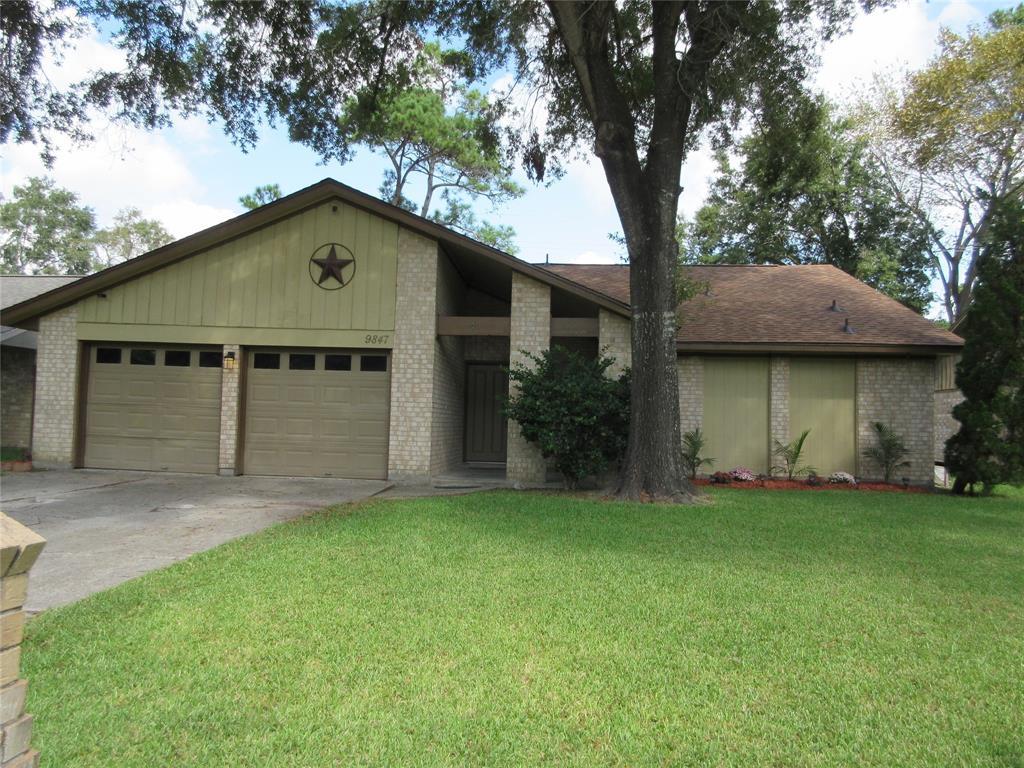 9847 El Chaco Street, Baytown, TX 77521