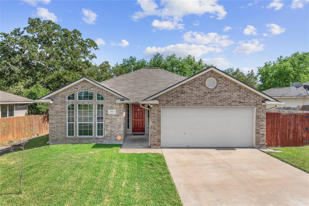 2804 Bexar Grass Drive, Bryan, TX 77802