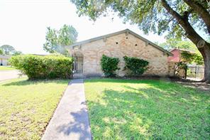 11734 flagler street, houston, TX 77071