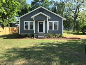 204 Avenue A, Devers, TX 77575