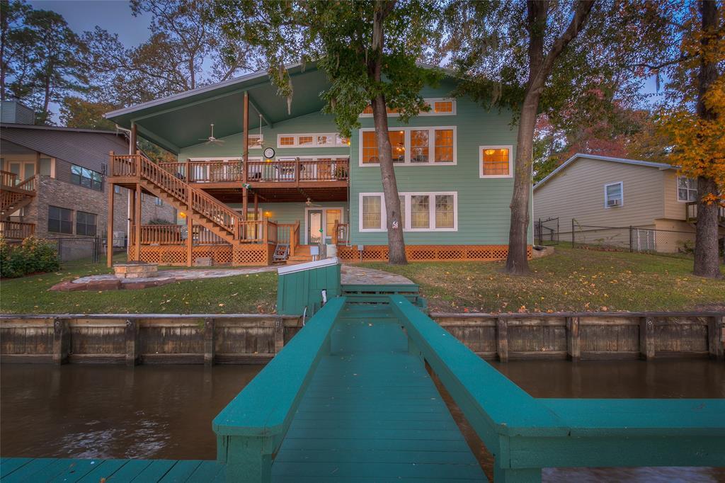 696 & 701 Lakefront Drive, Onalaska, TX 77360