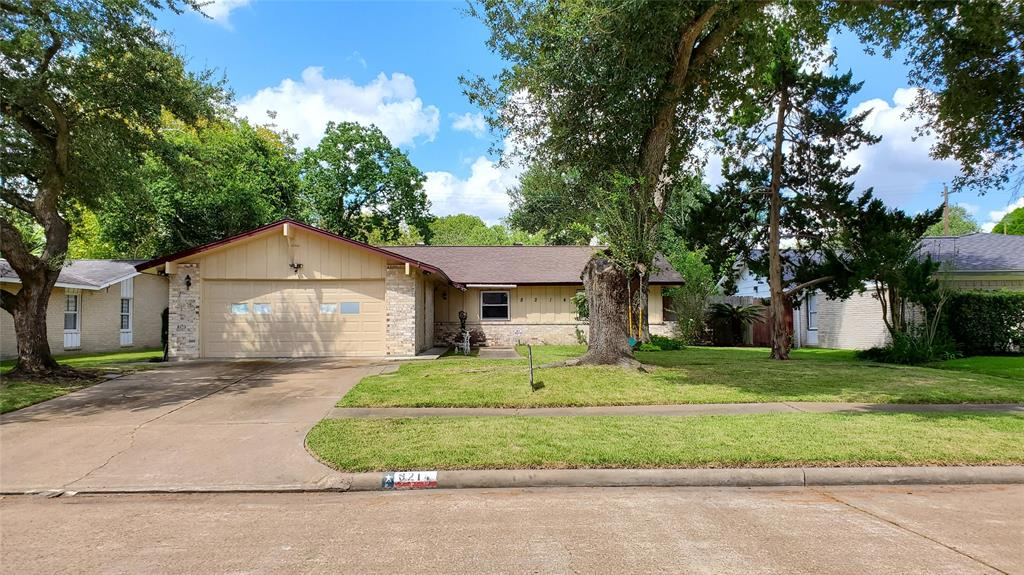 8214 Mobud Drive, Houston, TX 77036