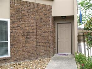 1014 graham drive a4, tomball, TX 77375
