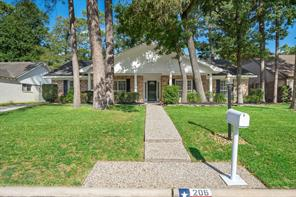 206 Greenforest Drive, Spring, TX 77388