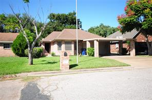 2630 33rd Avenue N, Texas City, TX 77590